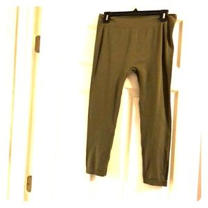 Olive green leggings Size plus
